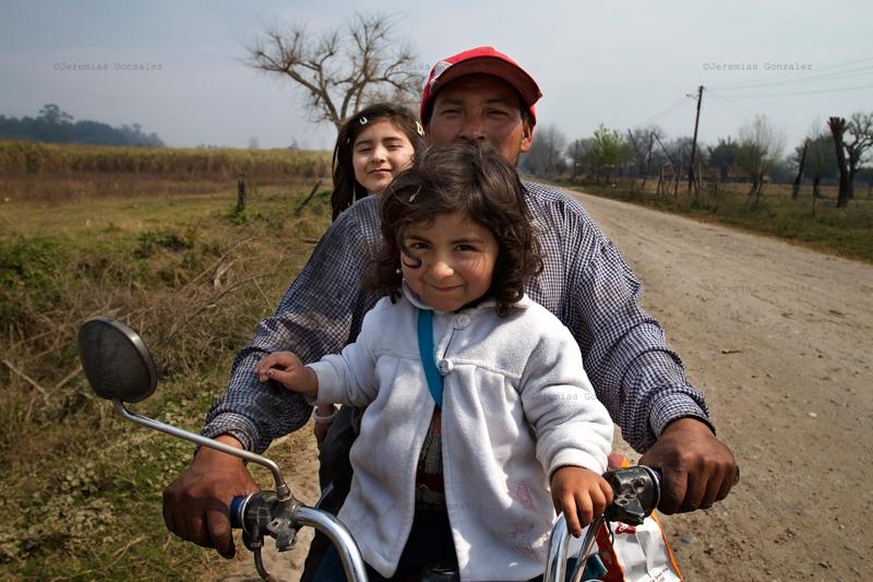 http://jeremiasgonzalez.com/files/gimgs/50_agricultura-familiar02bd.jpg