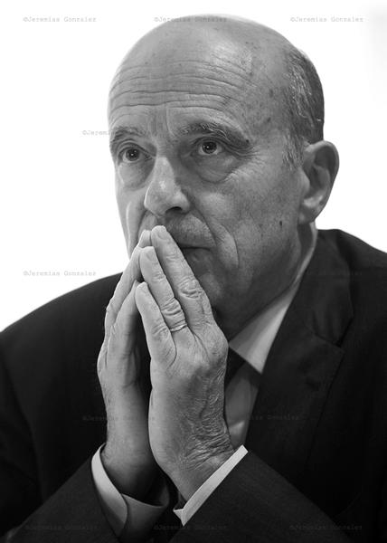 http://jeremiasgonzalez.com/files/gimgs/77_politicos-09.jpg